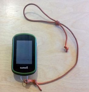 a simple lanyard for the Garmin eTrex35t