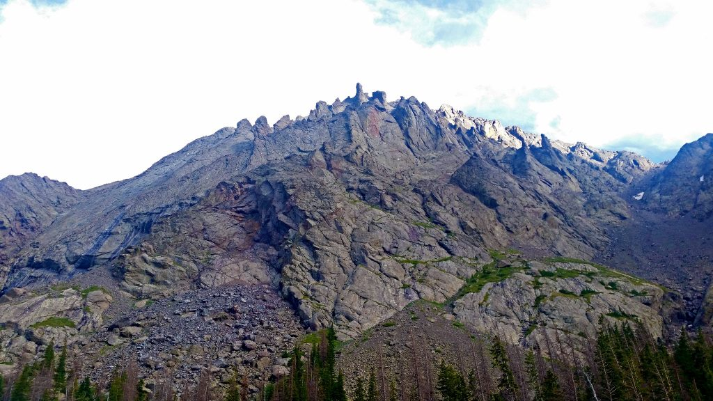 Kit Carson Massif from Willow Lake Trail