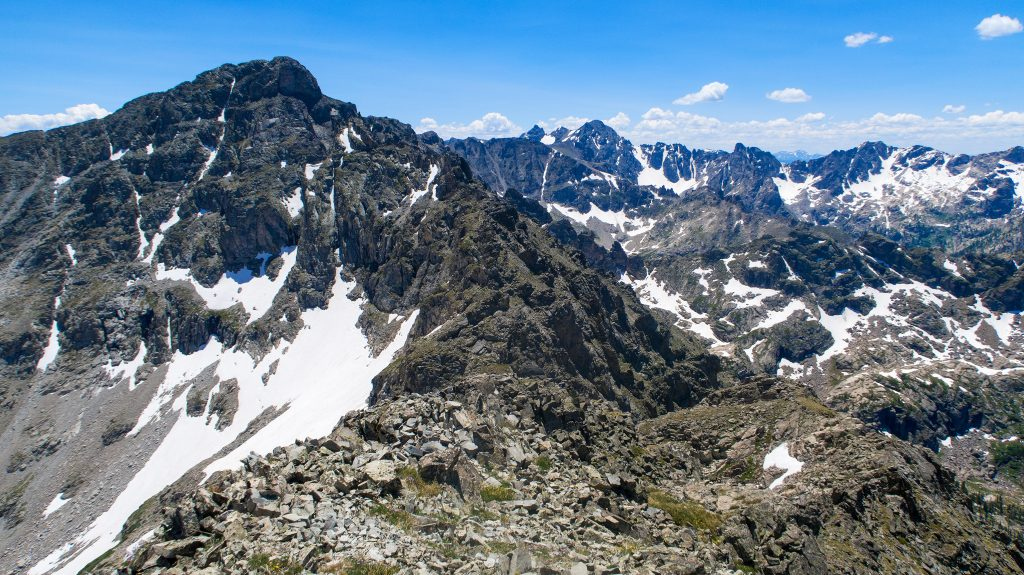 Pauite's North Ridge From Algonquin