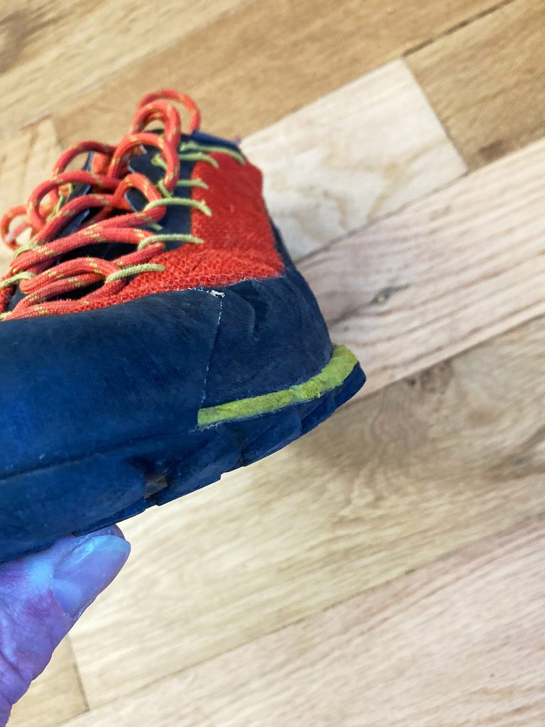 The TX 3's outsole hangs farther out than its upper